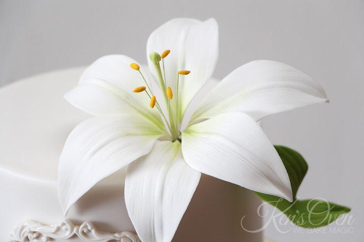 gumpaste stargazer lily tutorial
