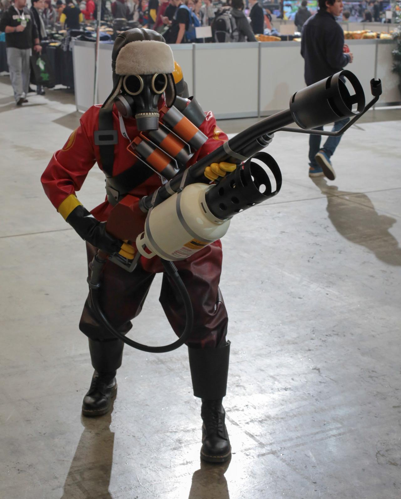 tf2 pyro cosplay tutorial