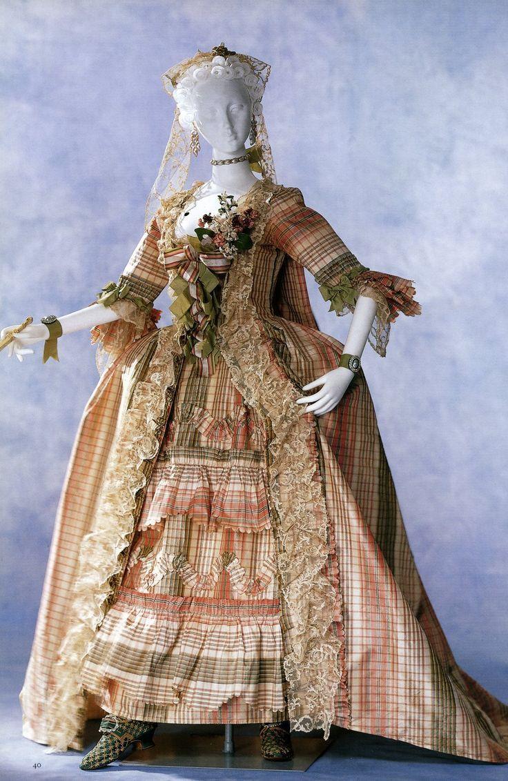 robe a la francaise tutorial